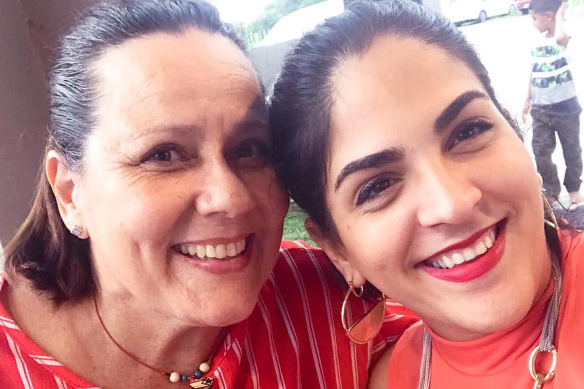 Emma García y Paola Freire